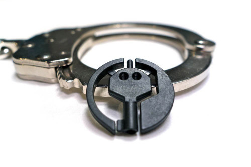 4 PACK UNIVERSAL HANDCUFF KEY (BLACK)