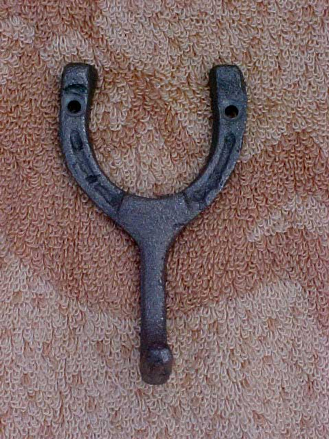 Horseshoe One Hook CH30R