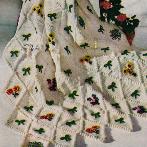 Flower Crocheted Afghan Pattern, Vintage 1950s