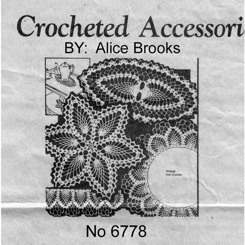 Alice Brooks 6778, Crocheted Pineapple Doily Round Oval
