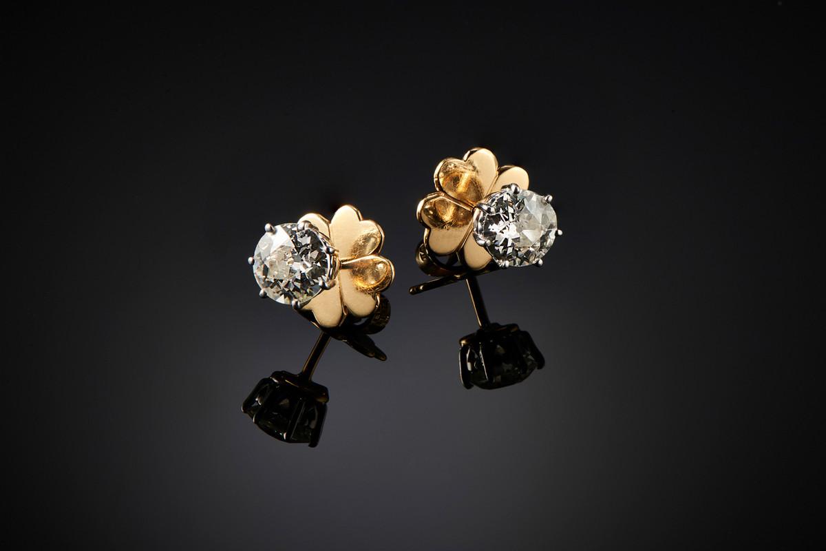 Stunning Pair of Diamond Stud Earrings by Kozminsky. - Front Image