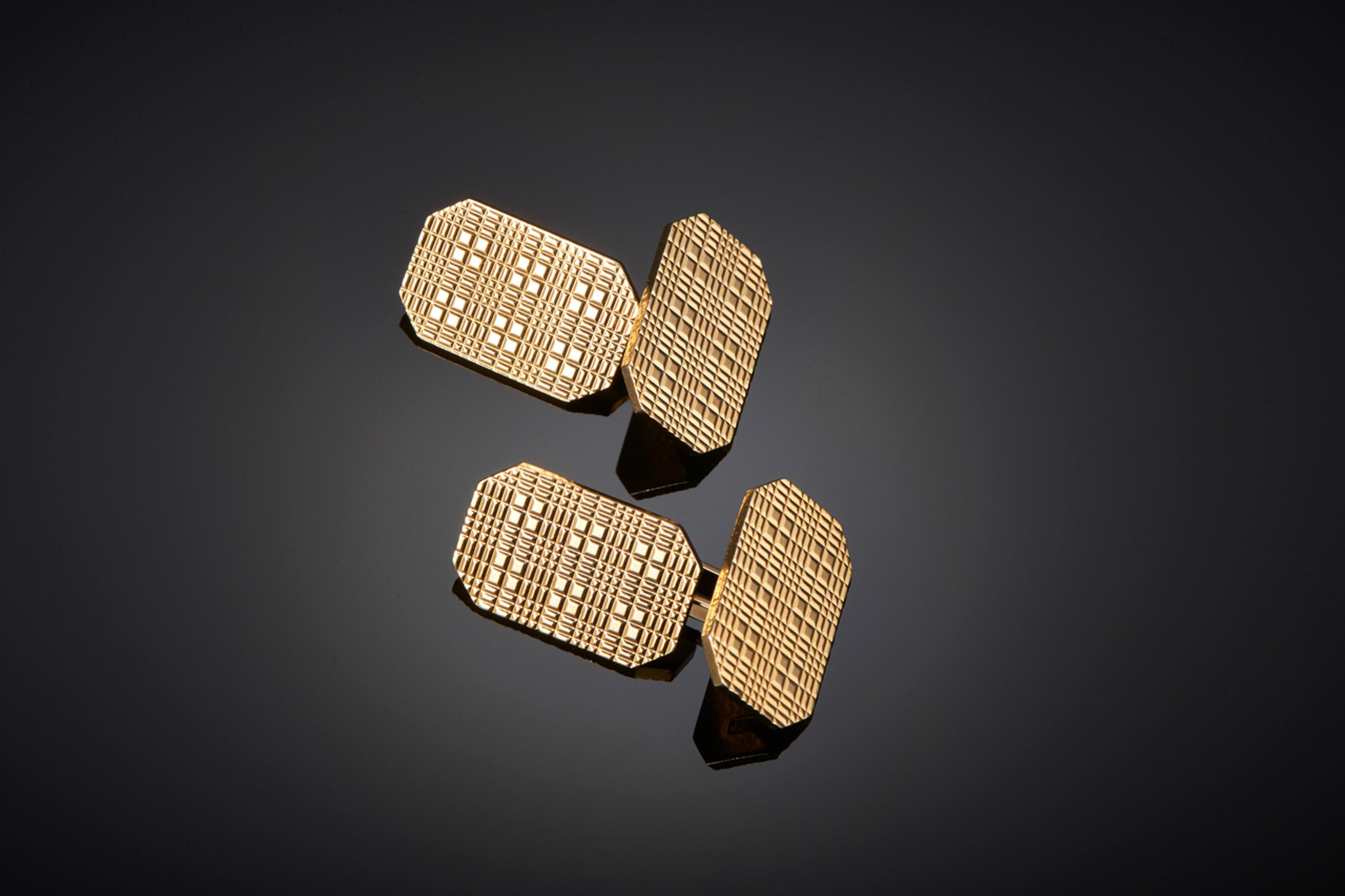Elegant Pair of Octagonal Cufflinks by Kutchinsky. - Front Image