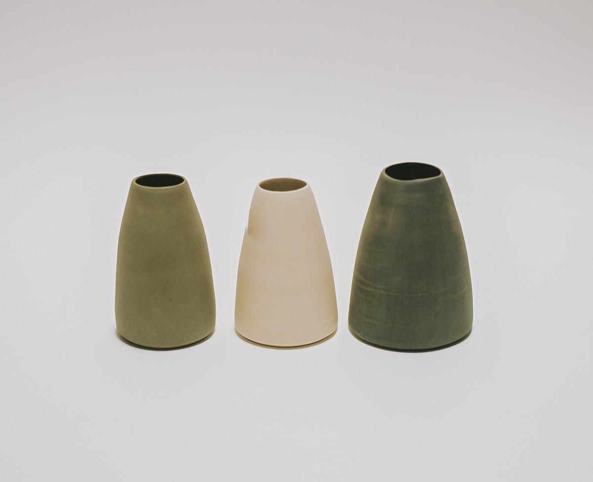 Saint Heron Ceramic Vase - Black