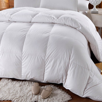 500-Thread-Count-White-Duck-Down-Cotton-Comforter-closeup