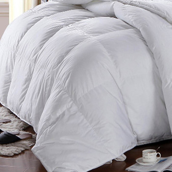 Hungarian-Down-Alternative-Comforter-closeup