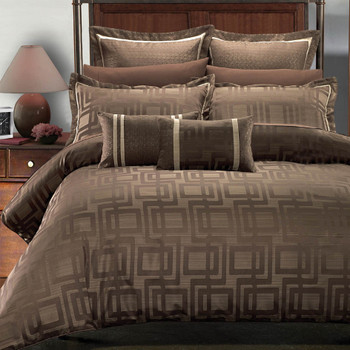 7 Piece Janet Jacquard Duvet Cover Set By Royal Hotel Collections