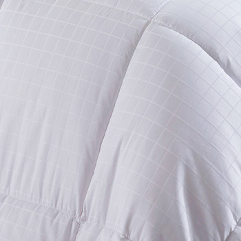 Dobby-Checkered-White-Duck-Down-Comforter-closeup
