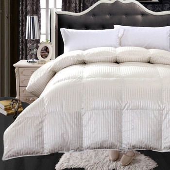 Silk-900-Striped-Goose-Down-Comforter