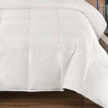 Silk-White-Goose-Down-Comforter-Heavy-Winter-closeup