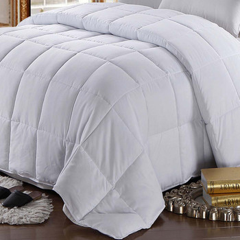 White-Goose-Feather-down-Cotton-Comforter-closeup