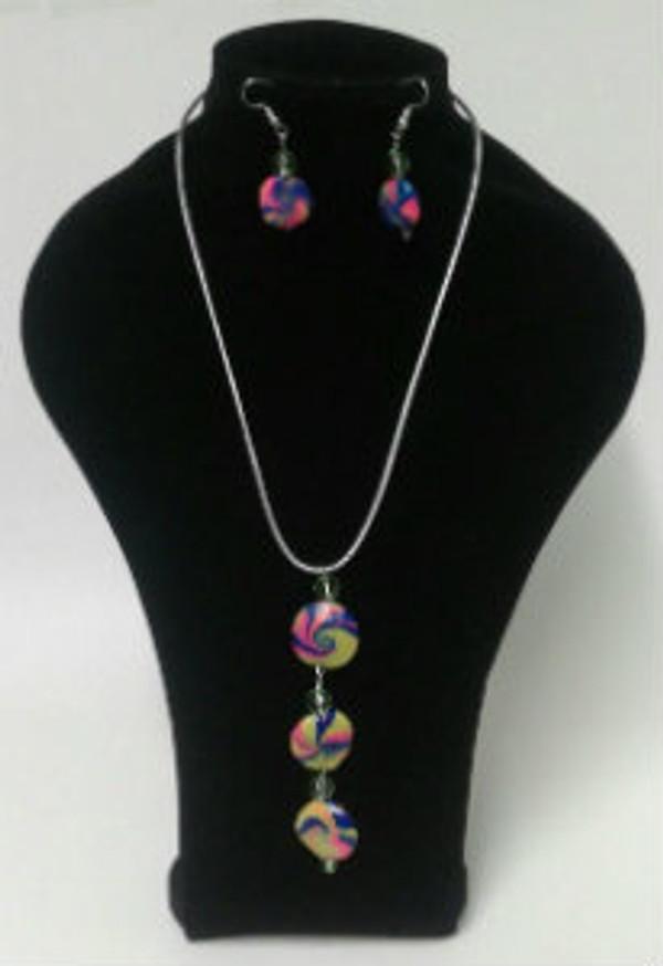 Three tier Pendant Necklace set