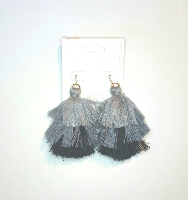 TRIPLE TASSEL DROP EARRINGS BLACK