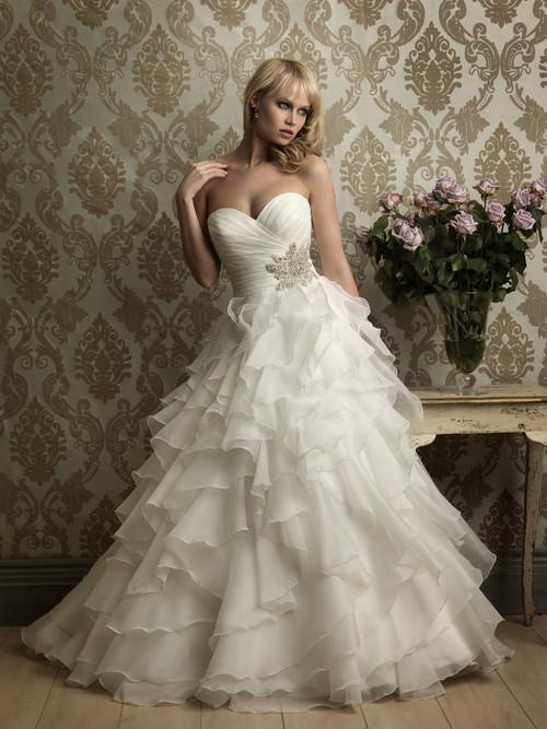 Sweetheart Wedding Gown Allure Bridal 8862