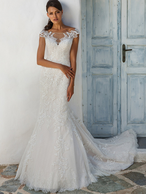 Justin Alexander 8954 Off The Shoulder Wedding Dress