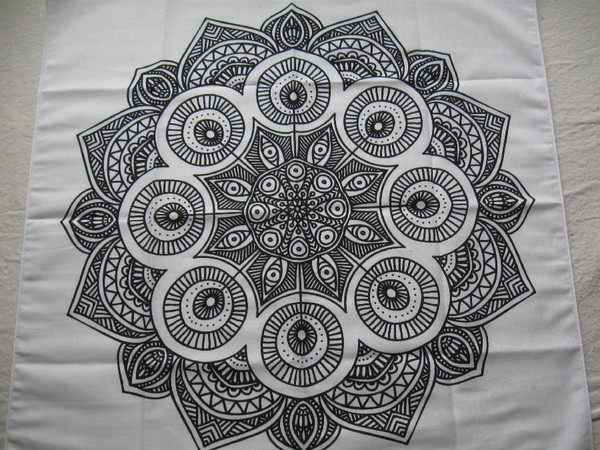 Blank Canvas to create you Mandala on.