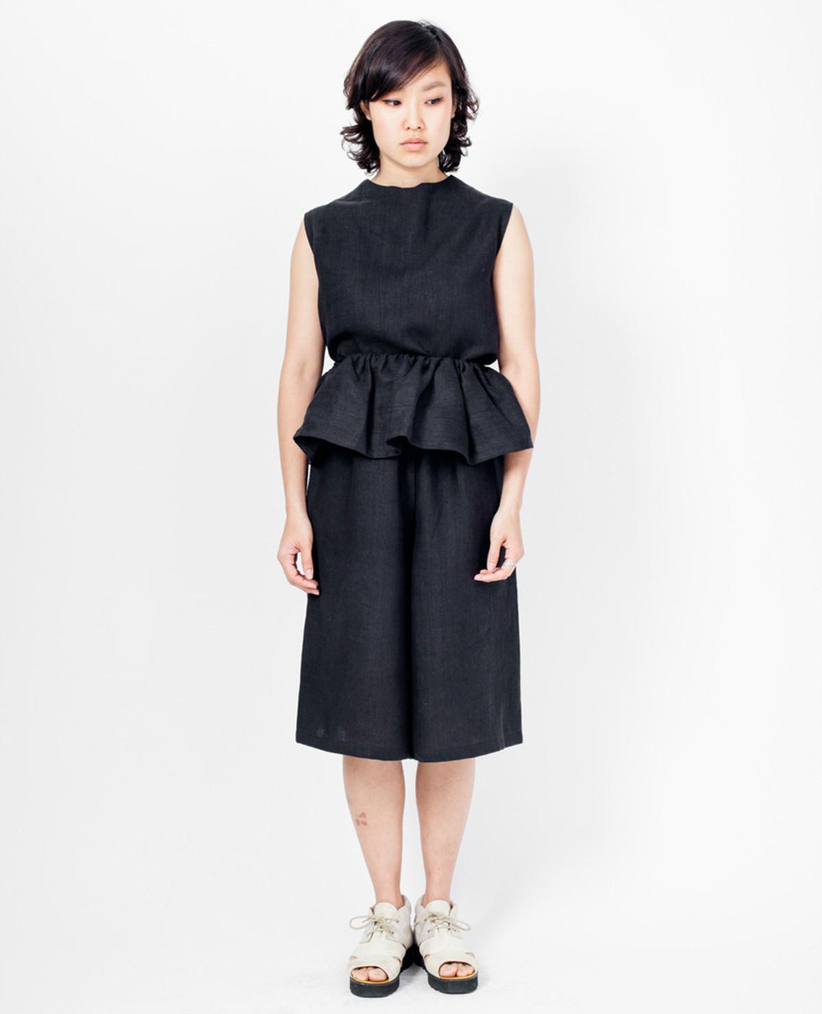 Theiss Top - Black Linen