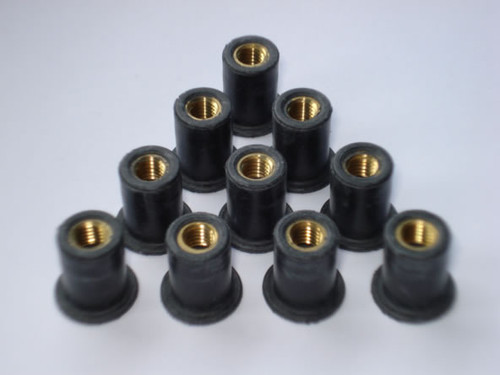 "Well Nut Thread Size: 1/4""-20 Range: .015"" - .111"" Material: Neoprene With Captive Brass Nut GM OEM#: 528846 AMC OEM#: 4003120 Luggage Rack 25 Per Box Click Next Images For Well Nut Size Charts"