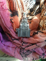 Hogwarts Castle Pendant