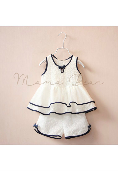 Cute Ribbon Outlined Kids Top and Shorts Set