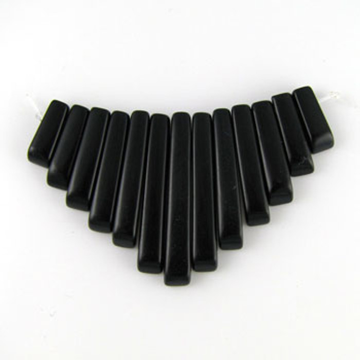 CL0007 - Black Onyx Semi-Precious Stone Collar (13 pieces)