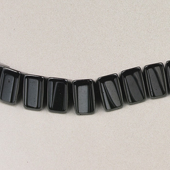H051 - 7mm Triangle, Hematite (16 in. strand)