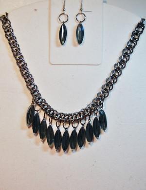 Oblong navy crystal drops necklace set