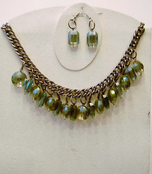 Shades of Green Crystal Clusters Necklace Set
