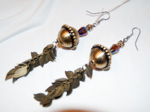 Gold Disc and feathers drop earring