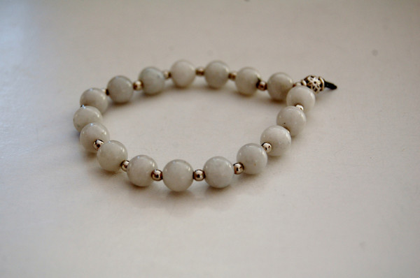 Moonstone bracelet with silver spacers