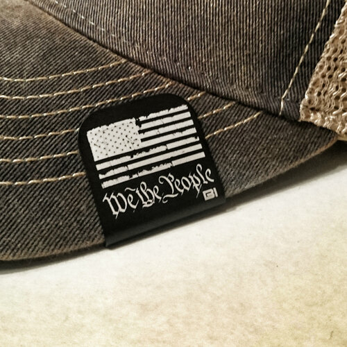 Hat clip Brim-it We the people black/white