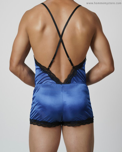 Made with super lightweight fabric that is close to sheer, this shiny fabric feels beautiful against the body.