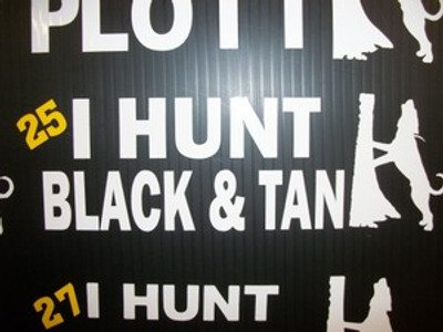 """I Hunt Black & Tan"" Window Decal"