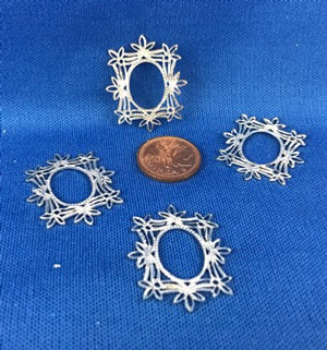 Fancy Metal Frames - Set of 4