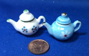 Tea Pots - Set of 2