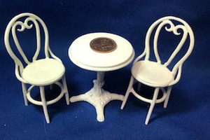 *Small Cafe Table Set