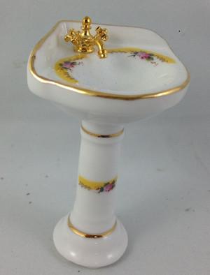 Reutter Porzellan Corner Pedestal Sink - 70% OFF!