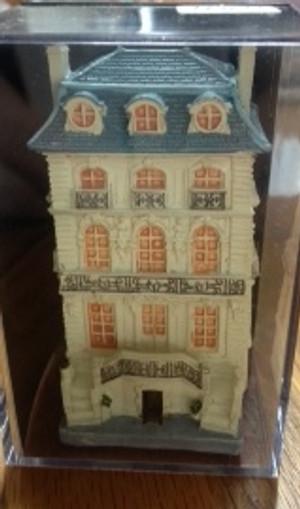 Reutter dollhouse