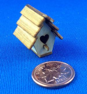 Quin's Mini Birdhouse