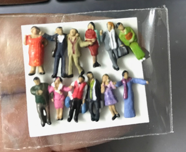 """N"" Scale People ""E""- Pkg of 12"