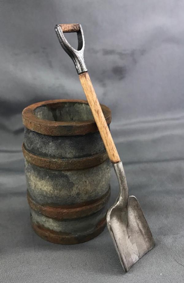 Square Shovel - Short Handle