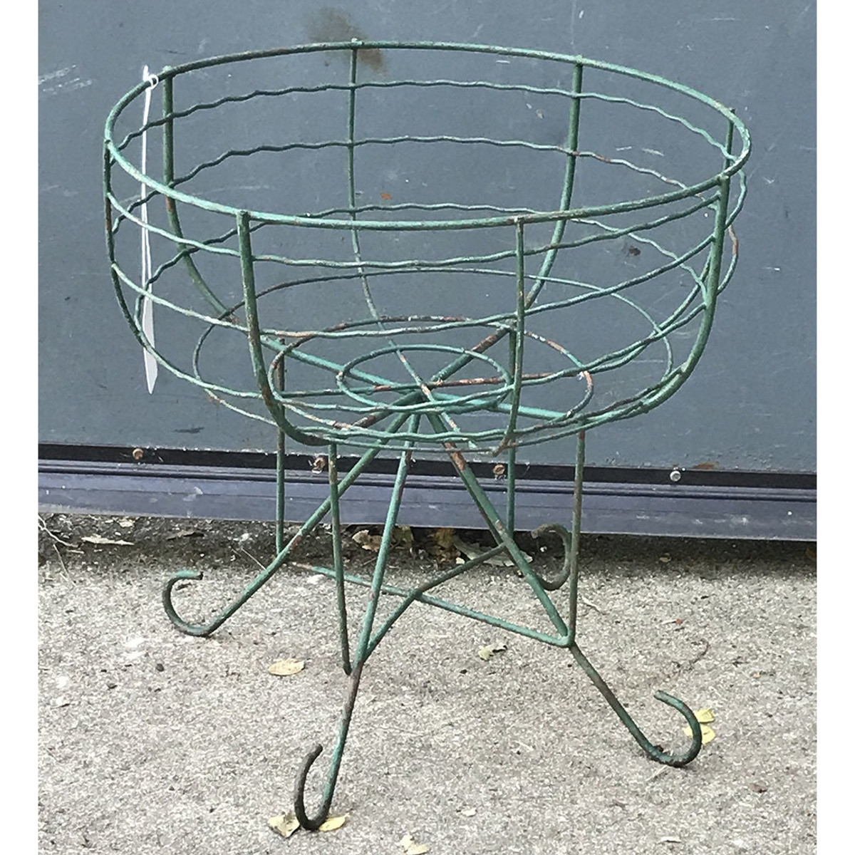 A17084A - Wire Flower Basket