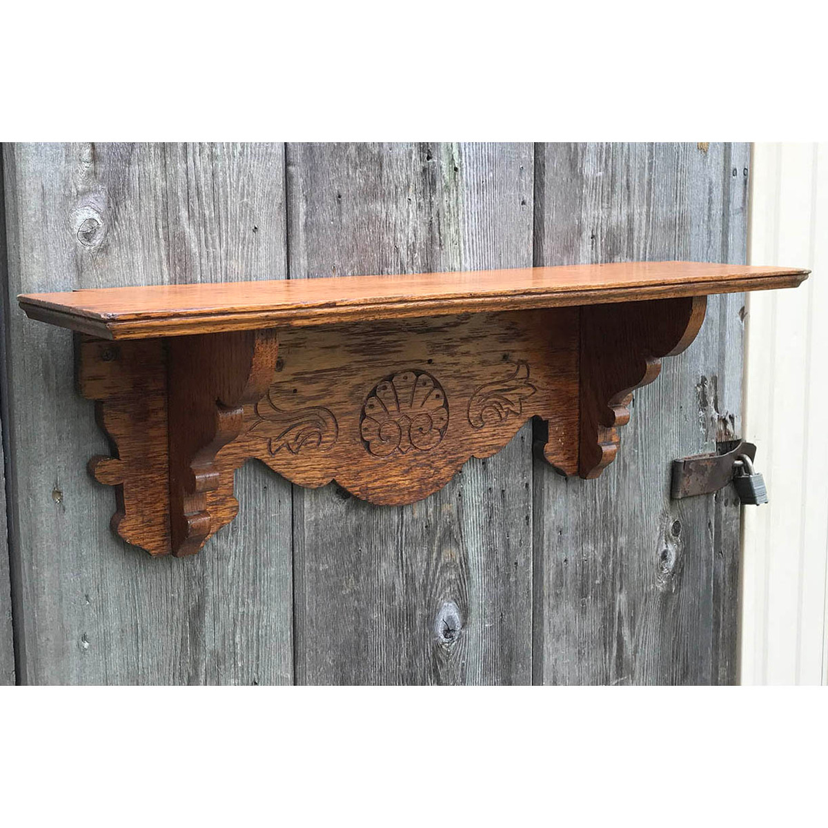 A17107 - Antique Late Victorian Oak Clock Shelf