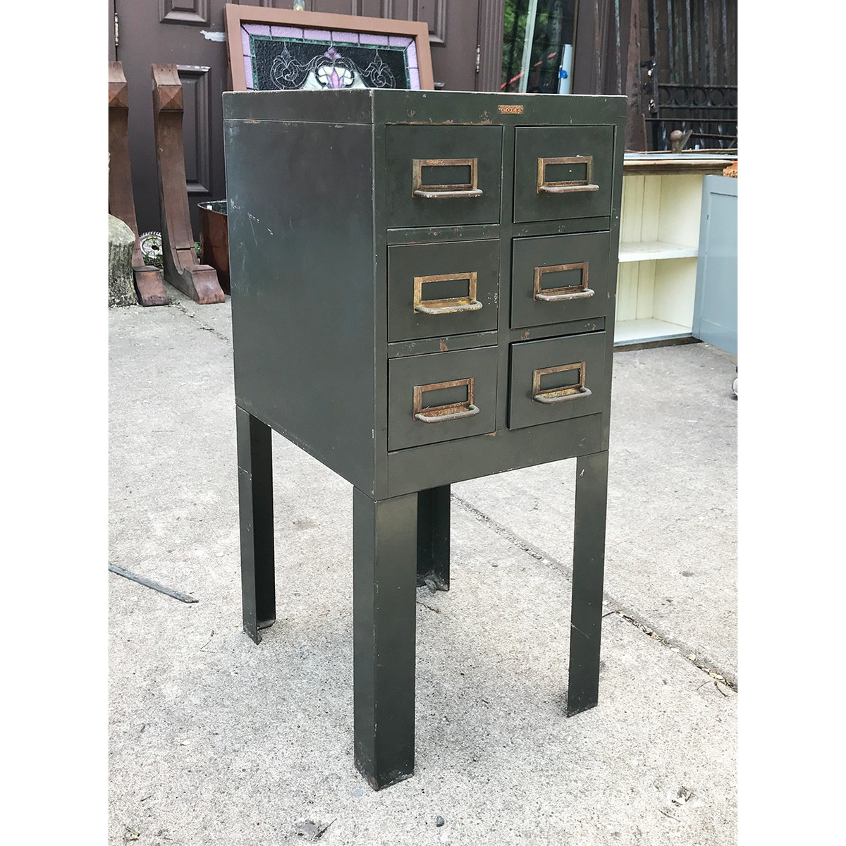F18043 - Vintage Industrial Style Side Table
