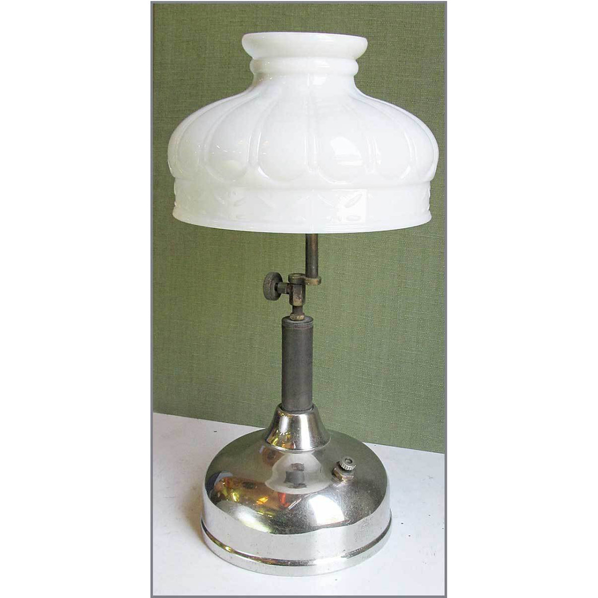 L13142 - Antique Colonial Revival Coleman Table Lamp