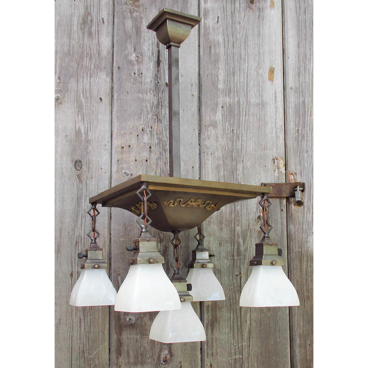 L16154 - Antique Transitional Arts & Crafts/Neoclassical Style Fixture