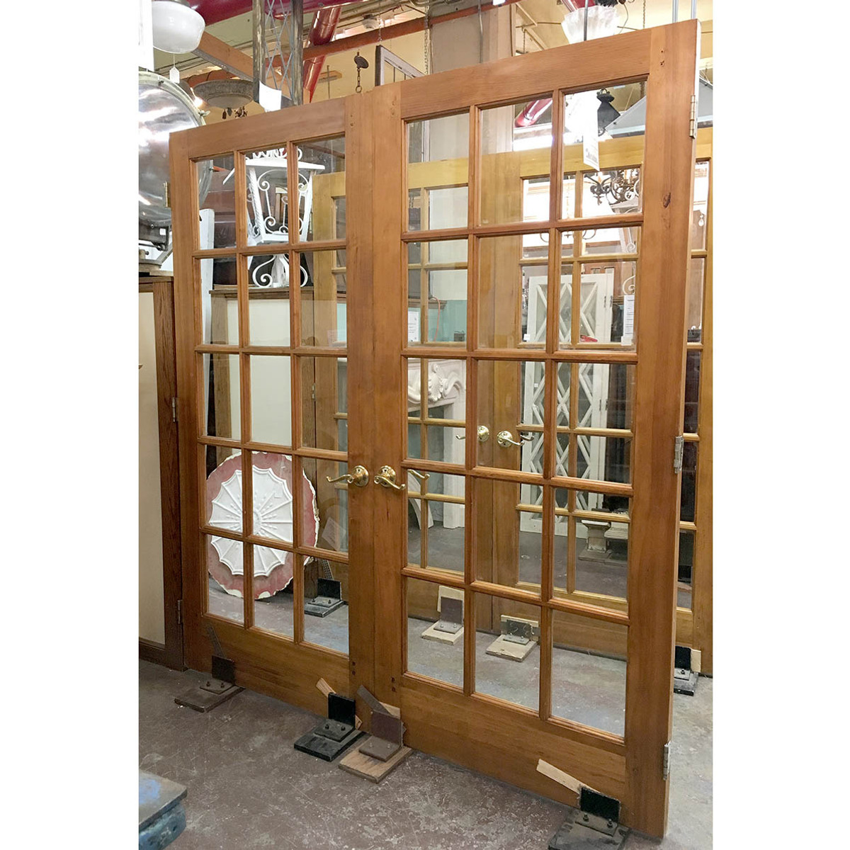 - D17033 - Pair Of Vintage French Doors 72