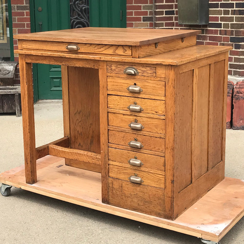 F18031 - Antique Oak Drawing Desk