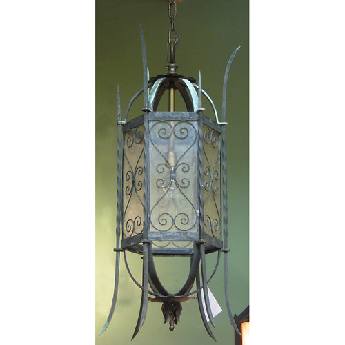 609917 - Antique Tudor Revival Cast Bronze Exterior Lantern Light Fixture