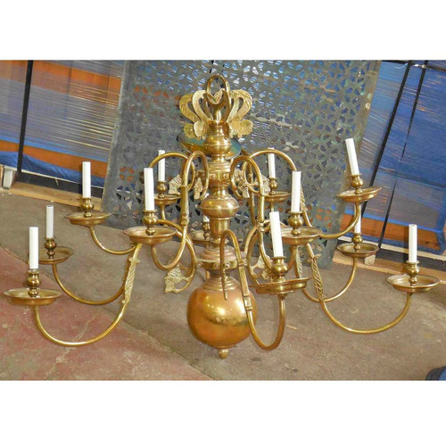 L14155 - Vintage Colonial Revival Style Twelve Arm Chandelier - Unrestored