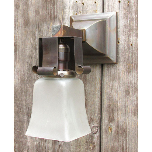L15348 - Antique Arts and Crafts Sconce